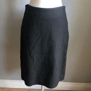 Banana Republic Wool Skirt Size 4 Black